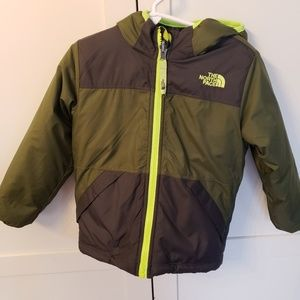 The north face 3T reversible winter jacket coat us